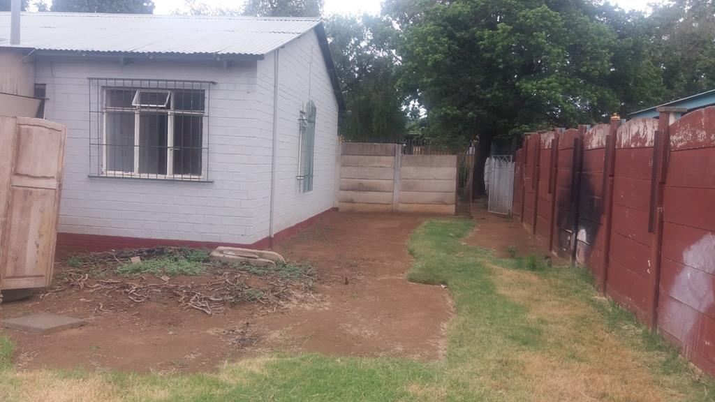 Pretoria West property for sale. Ref No: 13553014. Picture no 21