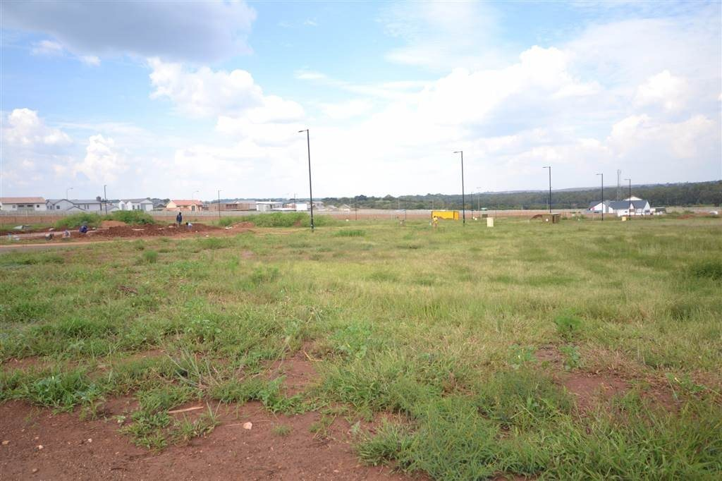 Midstream Meadows property for sale. Ref No: 13474302. Picture no 4
