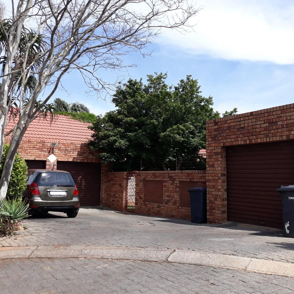 Property and Houses to rent in Gauteng - Page 2, Townhouse, 3 Bedrooms - ZAR ,  9,00*,M