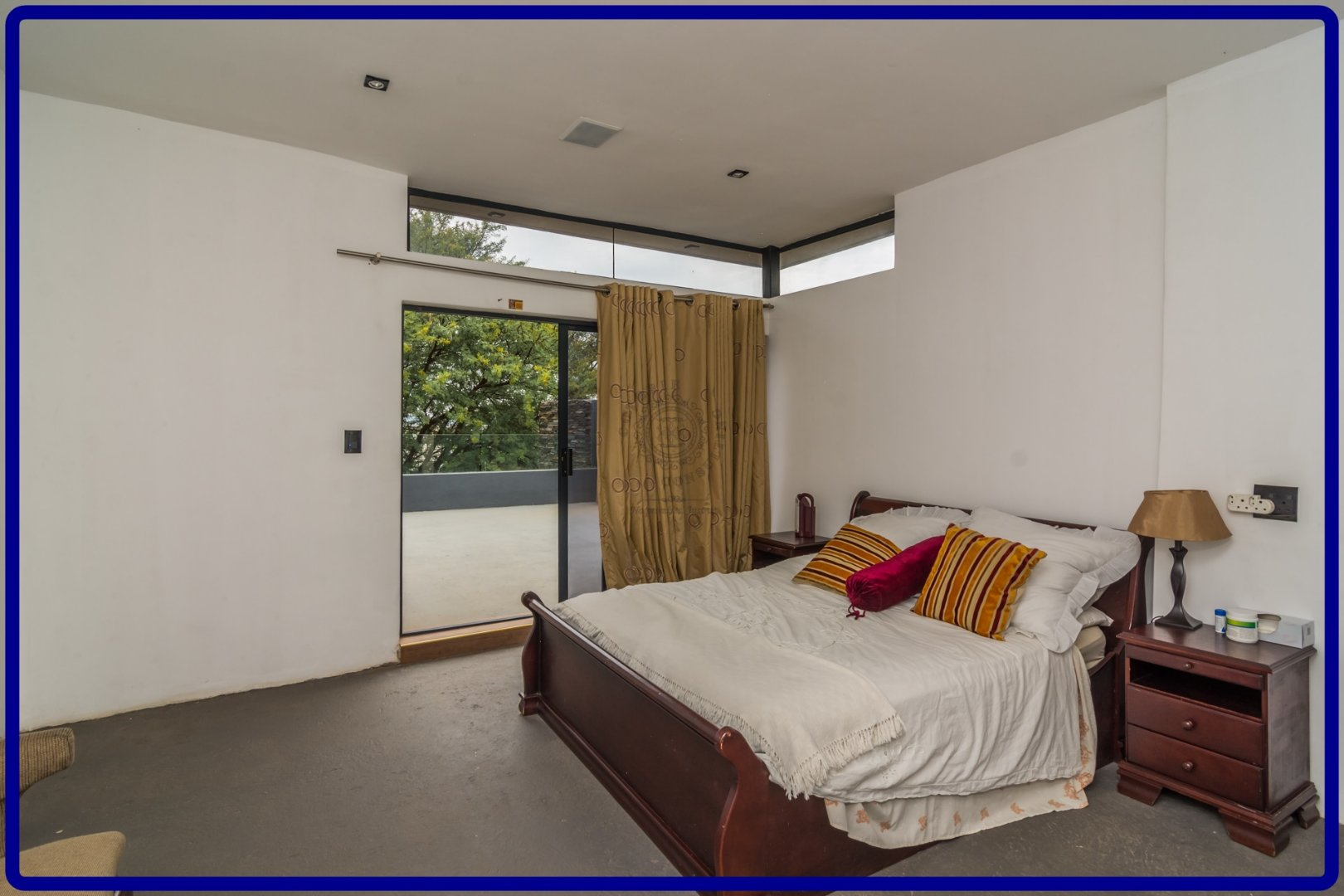 Midstream Hill property for sale. Ref No: 13644259. Picture no 19