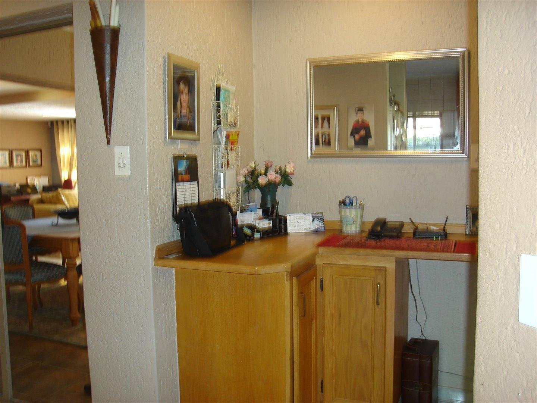 Eldoraigne property for sale. Ref No: 13494397. Picture no 12
