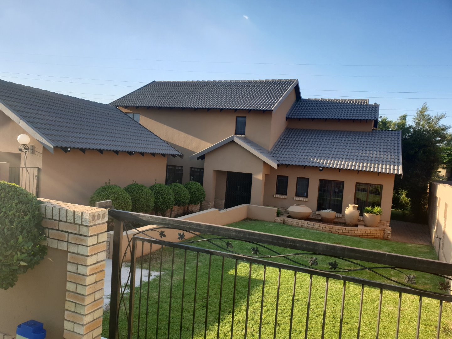 Property and Houses for sale in Eldo Meadows, House, 3 Bedrooms - ZAR 2,970,000