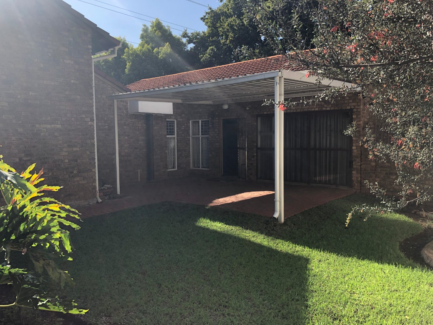 Property and Houses for sale in Glen Lauriston, Townhouse, 3 Bedrooms - ZAR 1,250,000