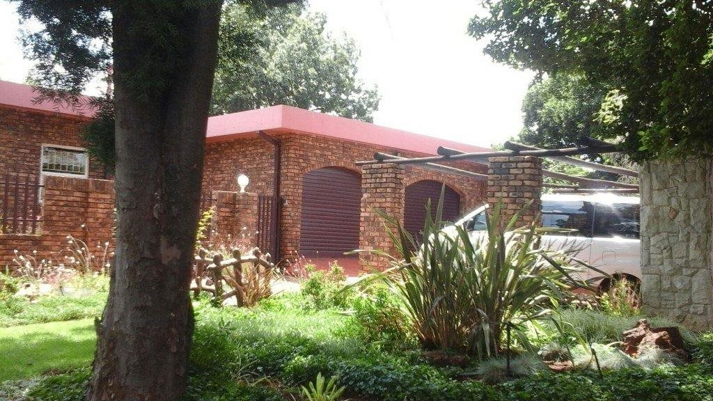 Vanderbijlpark Ce property for sale. Ref No: 13328458. Picture no 11