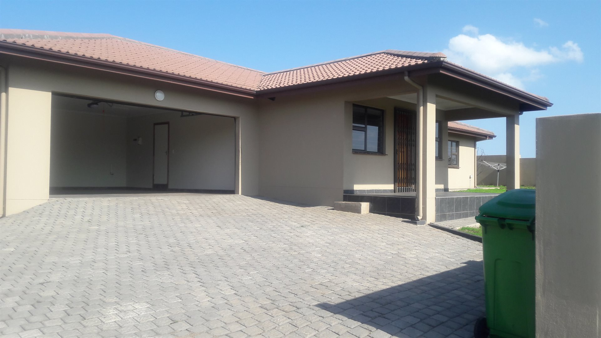 Inyala Park property for sale. Ref No: 13538725. Picture no 6