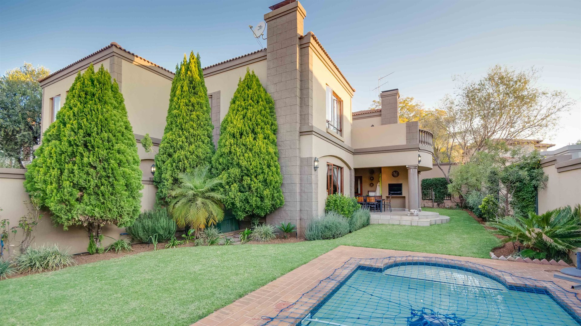 Sandton, Beverley Property  | Houses For Sale Beverley, Beverley, House 4 bedrooms property for sale Price:3,400,000