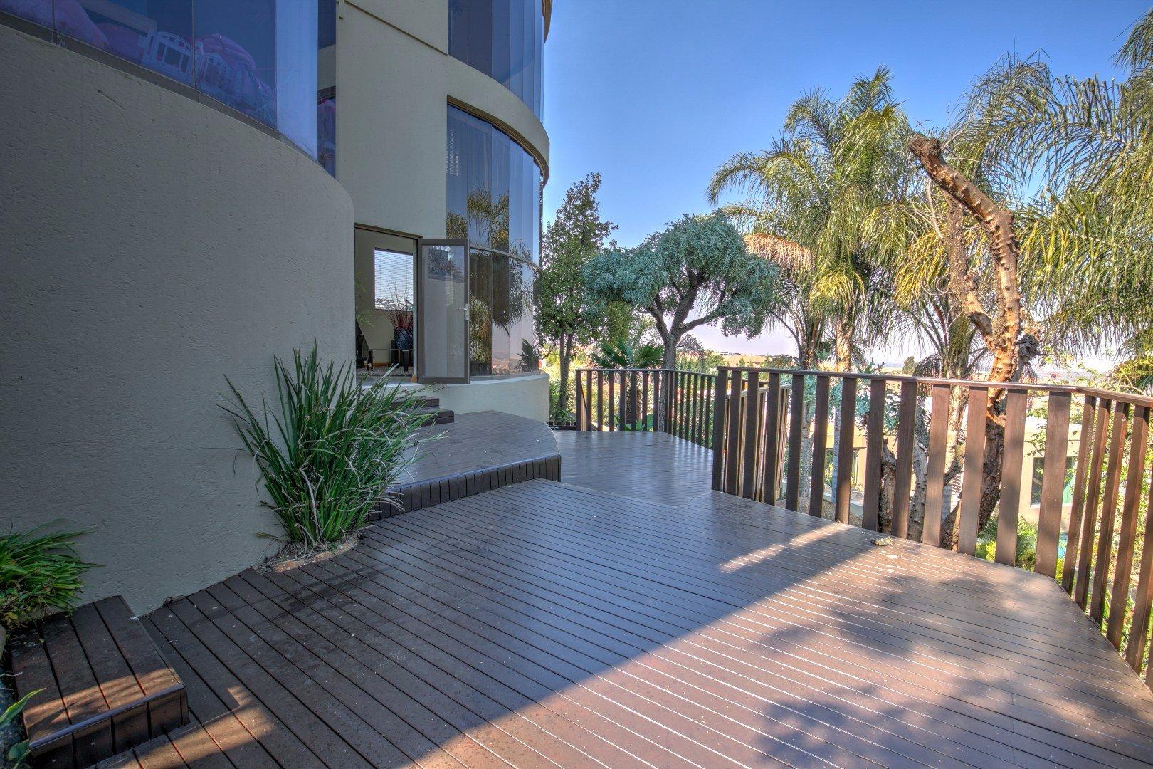 Bassonia property for sale. Ref No: 13525151. Picture no 29