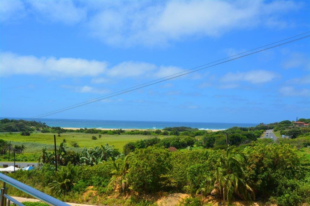 Shelly Beach property for sale. Ref No: 13284586. Picture no 25