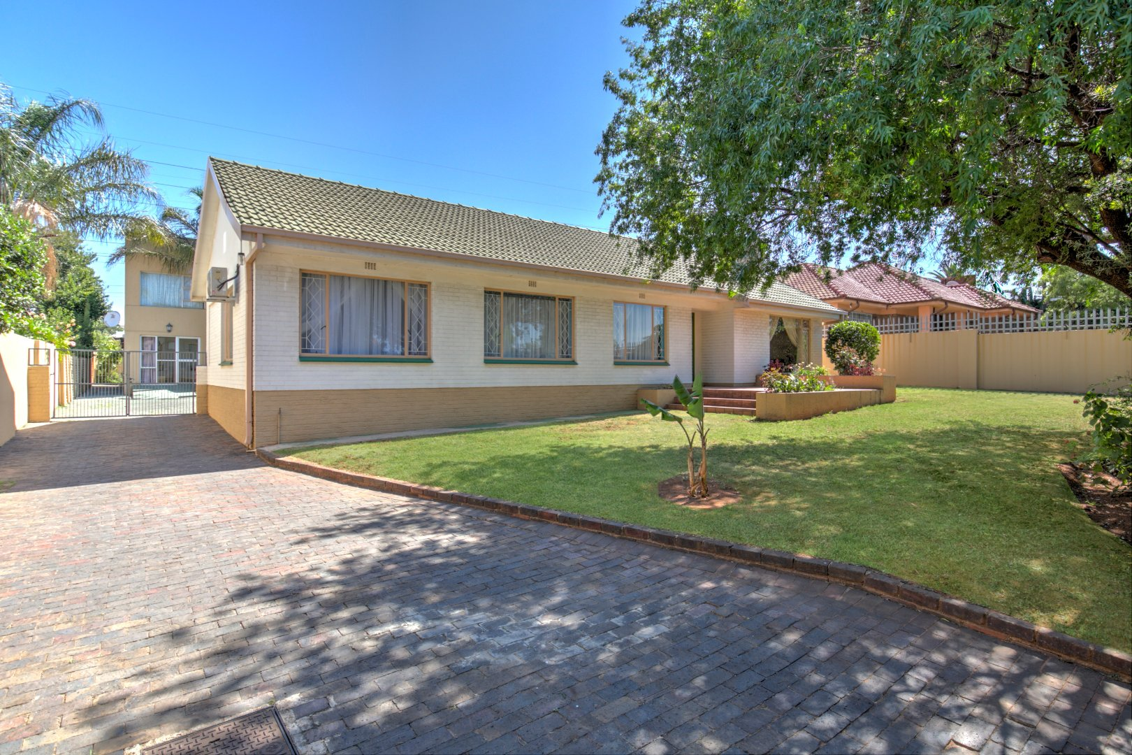 Johannesburg, Mondeor Property  | Houses For Sale Mondeor, Mondeor, House 4 bedrooms property for sale Price:2,350,000