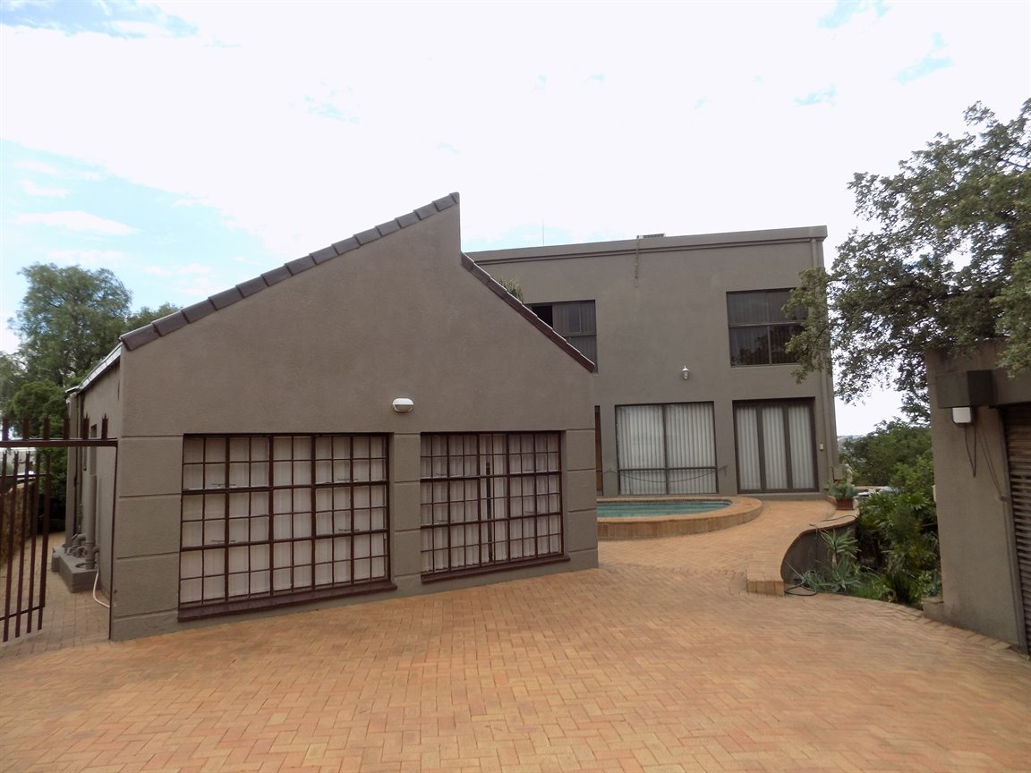 Johannesburg, Bassonia Property  | Houses For Sale Bassonia, Bassonia, House 6 bedrooms property for sale Price:4,498,000