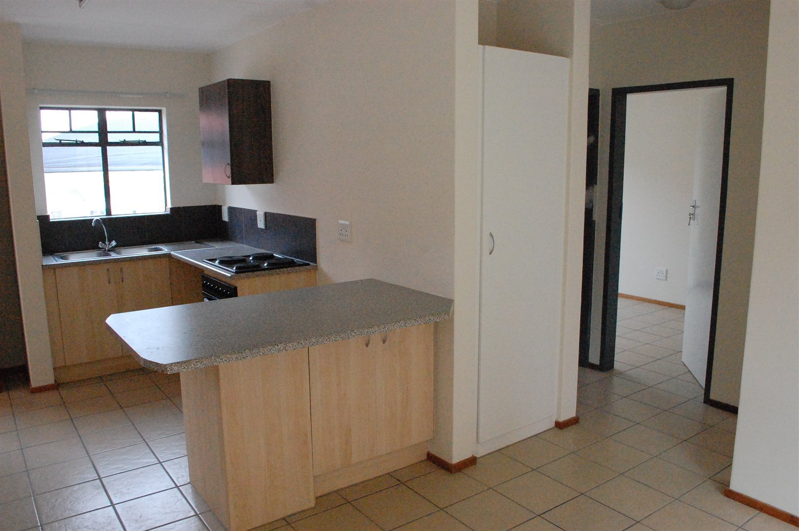 Amberfield property for sale. Ref No: 13486562. Picture no 7