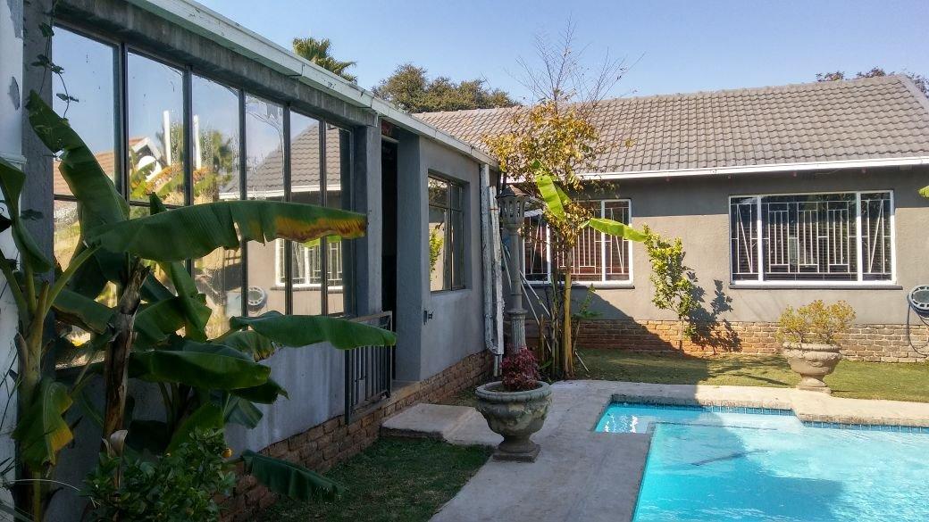 Krugersdorp, Dan Pienaarville Property  | Houses For Sale Dan Pienaarville, Dan Pienaarville, House 3 bedrooms property for sale Price:1,199,000