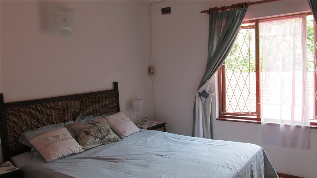 Marina Beach property for sale. Ref No: 13433340. Picture no 14
