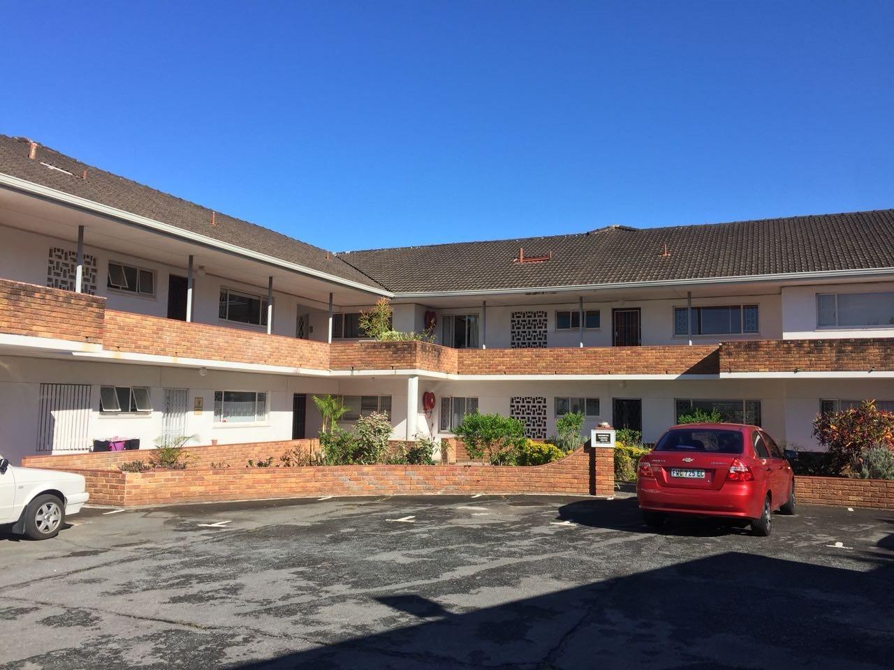 Property for Sale by DLC INC. ATTORNEYS Kerri De La Querra, Apartment, 3 Bedrooms - ZAR 895,000