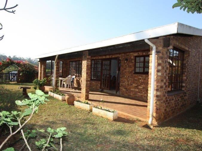, Townhouse, 2 Bedrooms - ZAR 910,000