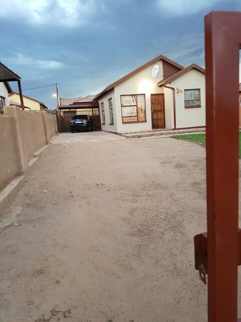 Mabopane, Mabopane Property  | Houses For Sale Mabopane, Mabopane, House 2 bedrooms property for sale Price:399,000