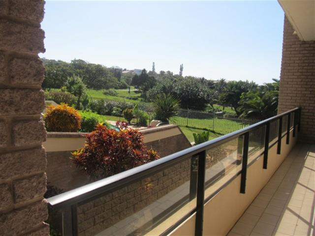 Uvongo property for sale. Ref No: 12725787. Picture no 2