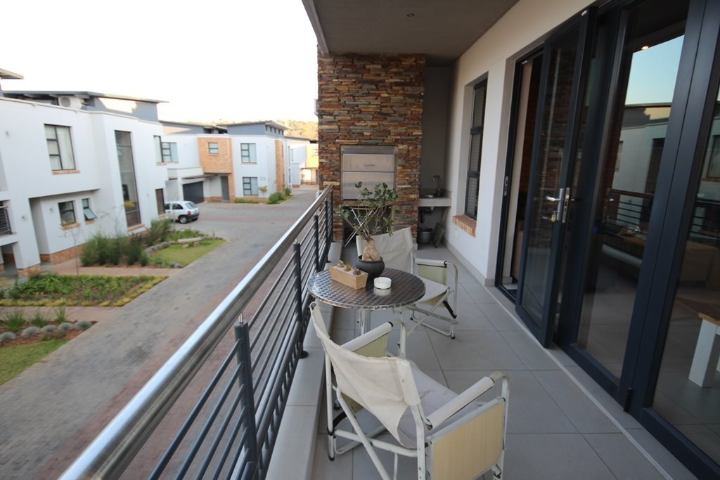 Property and Houses for sale in Hazelwood, Apartment, 2 Bedrooms - ZAR 2,400,000