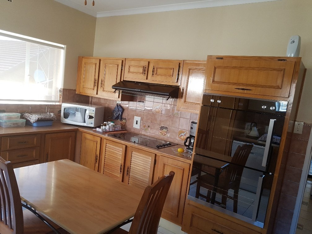 Ferndale property for sale. Ref No: 13622747. Picture no 5