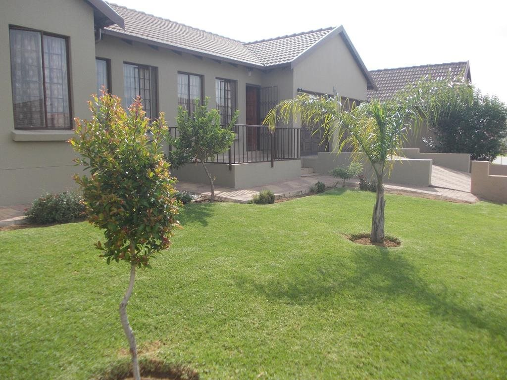 Summerfields Estate property for sale. Ref No: 13596729. Picture no 3