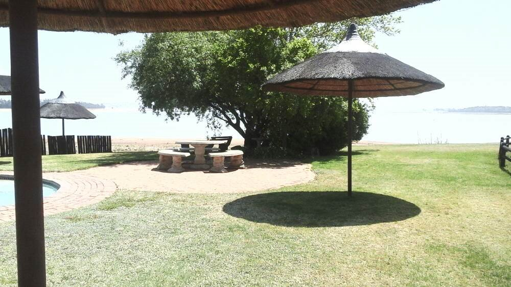 Vaal Marina property for sale. Ref No: 13400115. Picture no 16