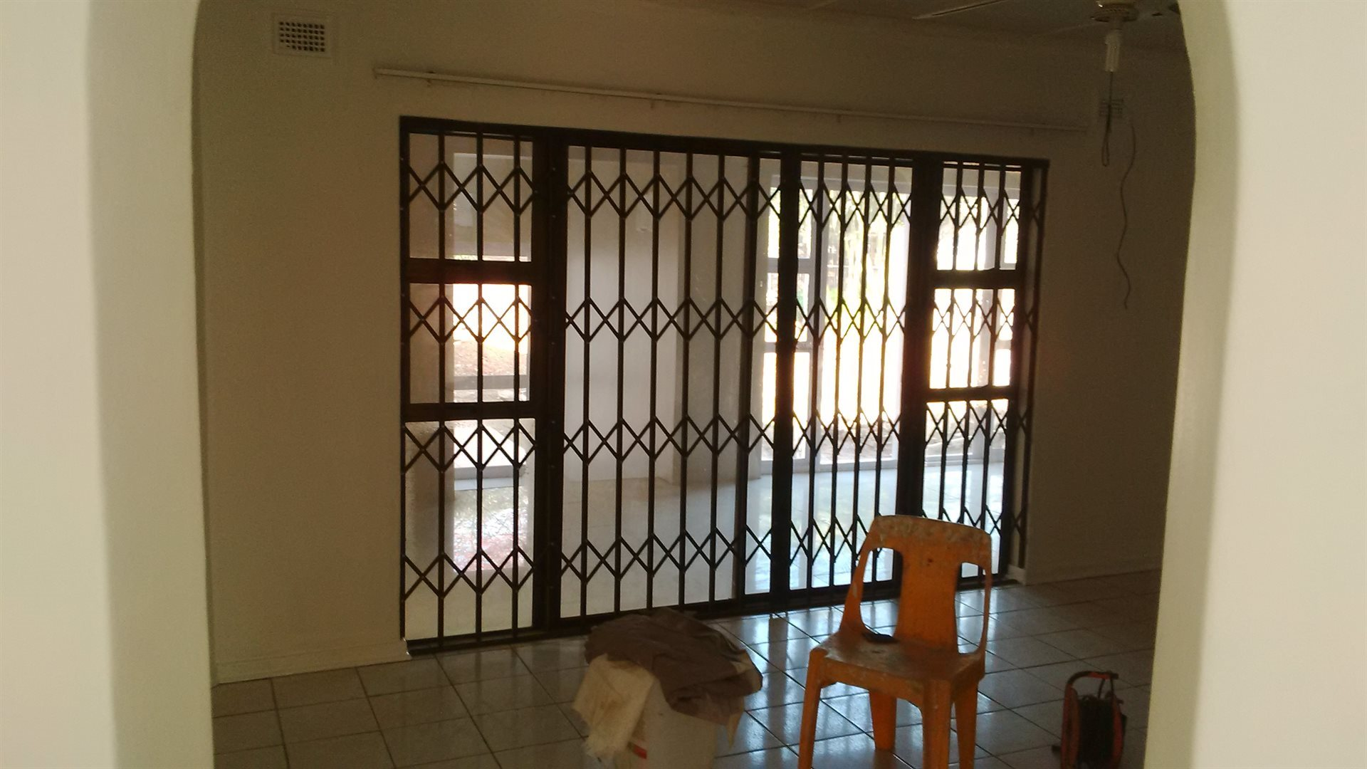 Doonside property for sale. Ref No: 13522465. Picture no 6