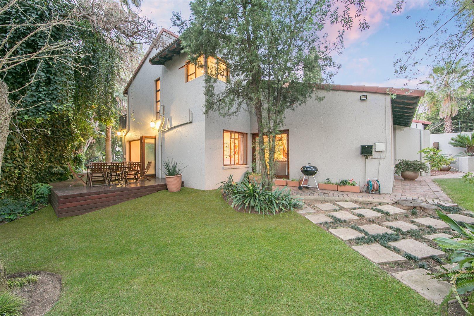 Douglasdale property for sale. Ref No: 13533118. Picture no 19