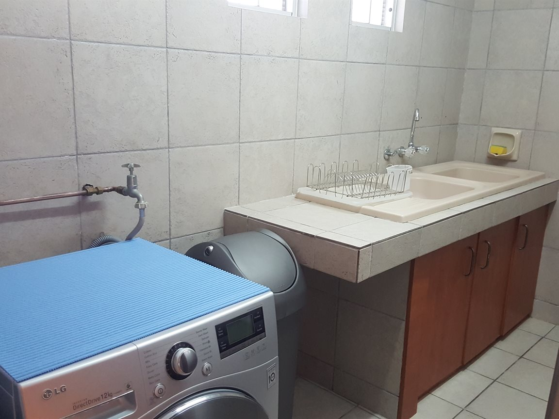 Yzerfontein property for sale. Ref No: 13397005. Picture no 9