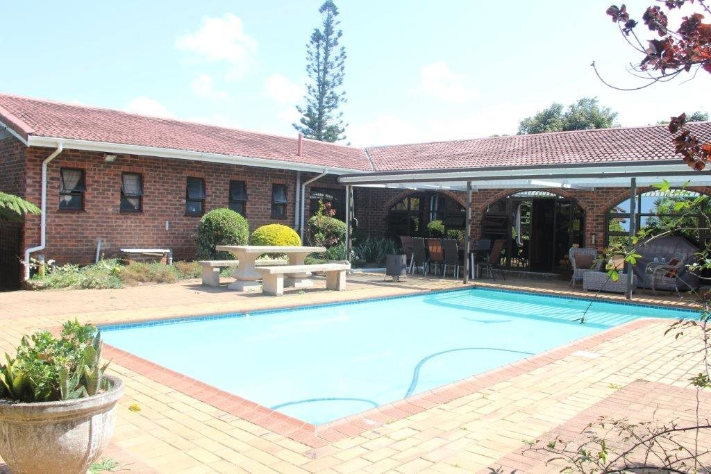 Uvongo property for sale. Ref No: 13529548. Picture no 5