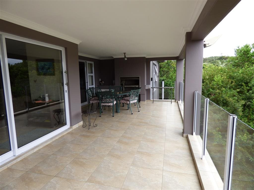 Southbroom property for sale. Ref No: 13393807. Picture no 18