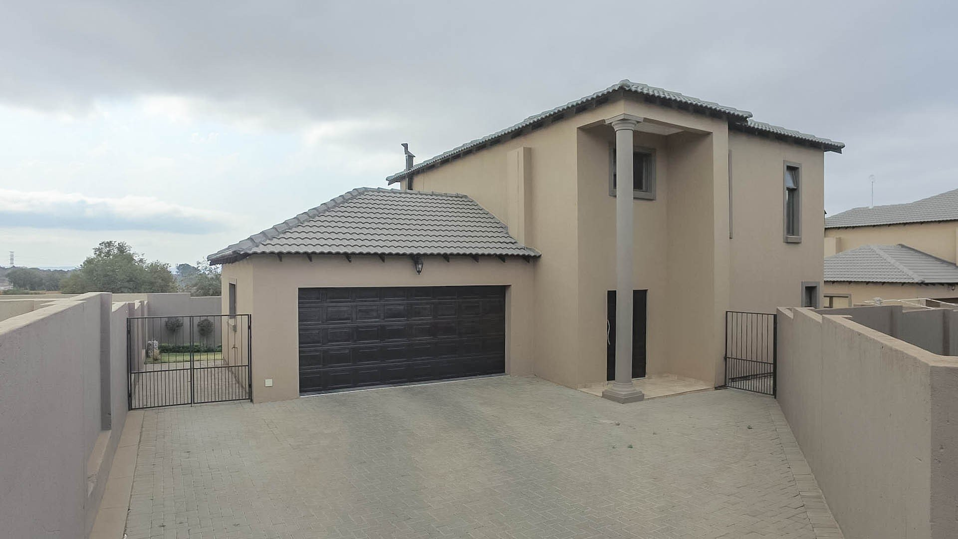 Centurion, Thatchfield Hills Property  | Houses For Sale Thatchfield Hills, Thatchfield Hills, House 3 bedrooms property for sale Price:2,185,000