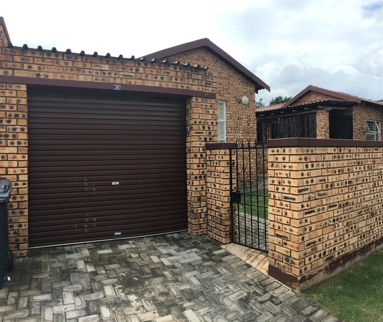 Roodepoort, Honeypark Property    Houses For Sale Honeypark, Honeypark, Townhouse 2 bedrooms property for sale Price:550,000