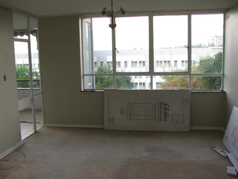 Property and Houses to rent in Parkmore, Apartment - ZAR , 14,00*,M