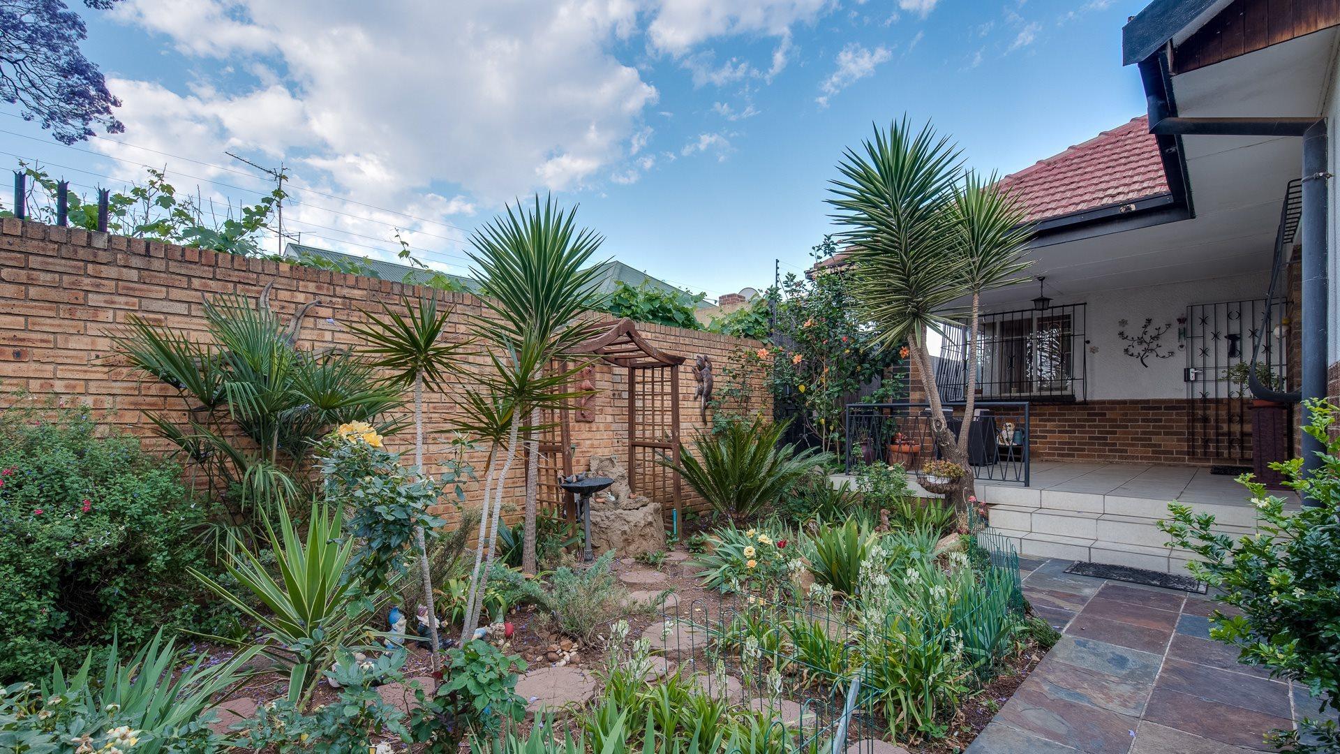 Johannesburg, Orange Grove Property  | Houses For Sale Orange Grove, Orange Grove, House 3 bedrooms property for sale Price:1,550,000