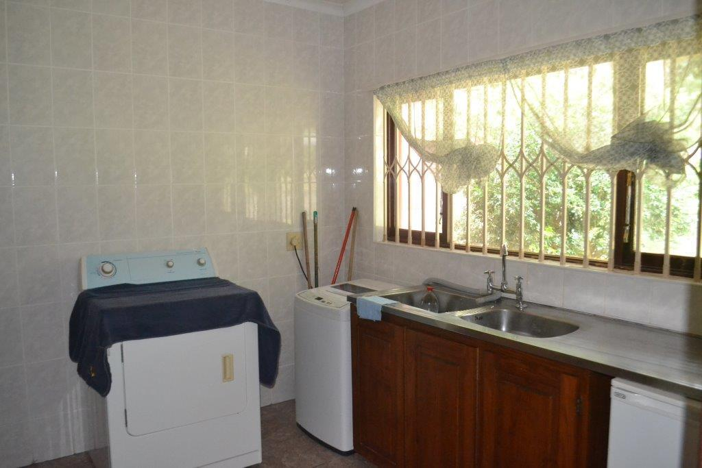 Woodgrange property for sale. Ref No: 13436082. Picture no 10