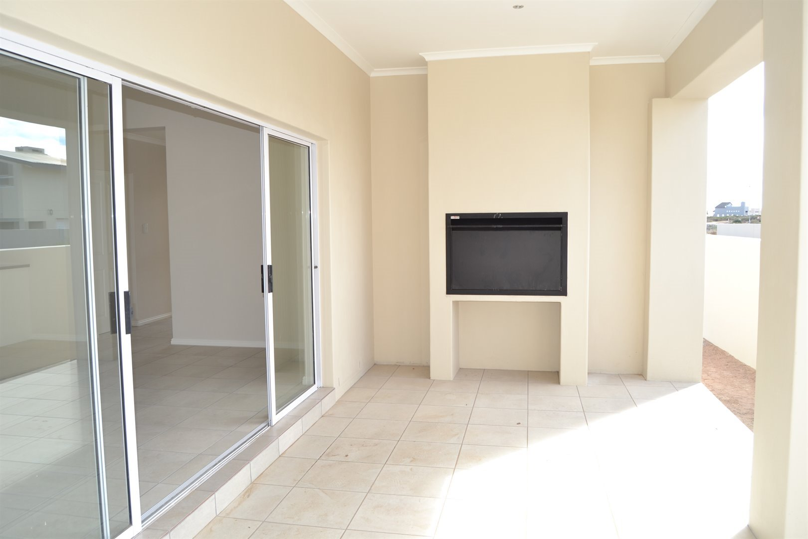 Sunset Estate property for sale. Ref No: 13465474. Picture no 4