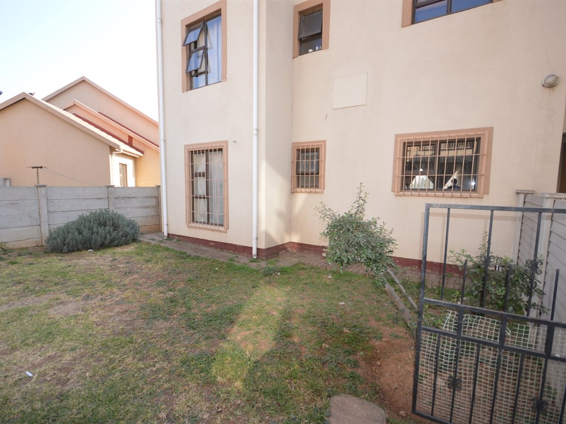Vanderbijlpark Se9 property for sale. Ref No: 12799356. Picture no 15