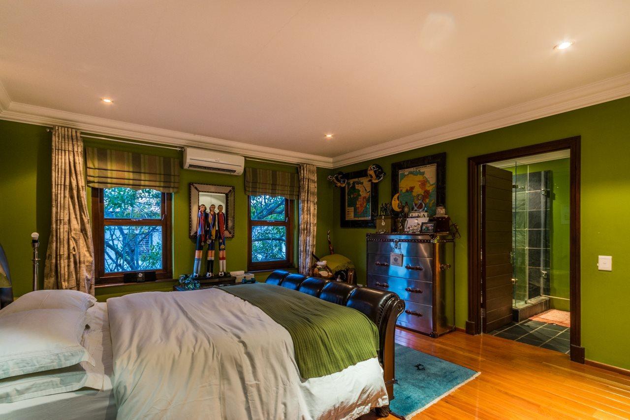 Dainfern Golf Estate property for sale. Ref No: 13521259. Picture no 20