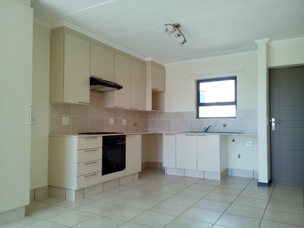 Bryanston property to rent. Ref No: 13560769. Picture no 7
