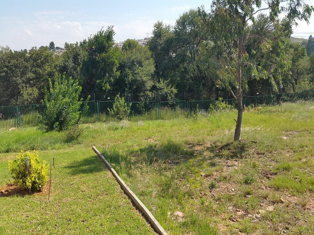 Rietvlei Heights Country Estate property for sale. Ref No: 13296024. Picture no 19
