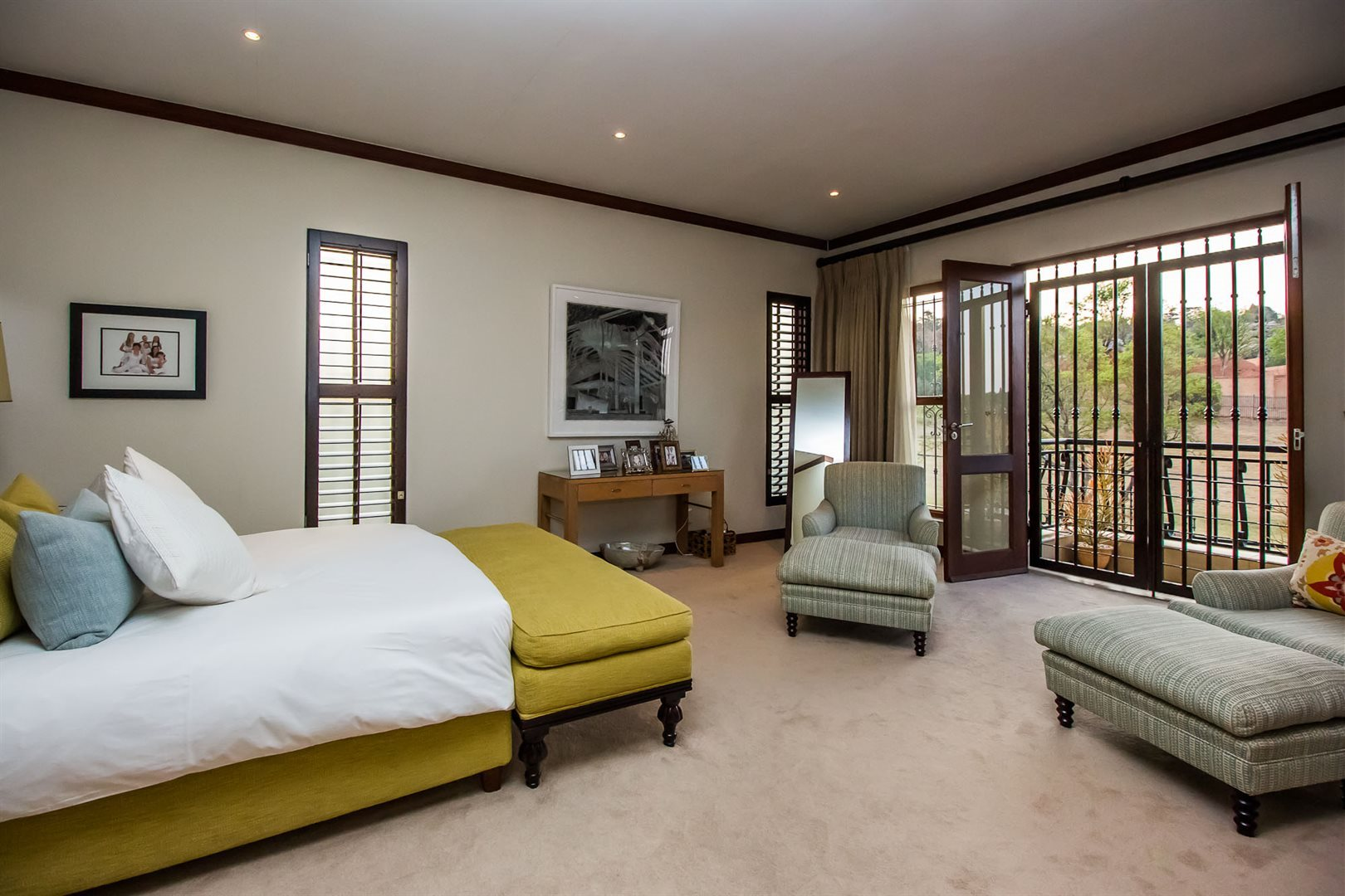 Waterkloof Ridge property for sale. Ref No: 13535230. Picture no 17