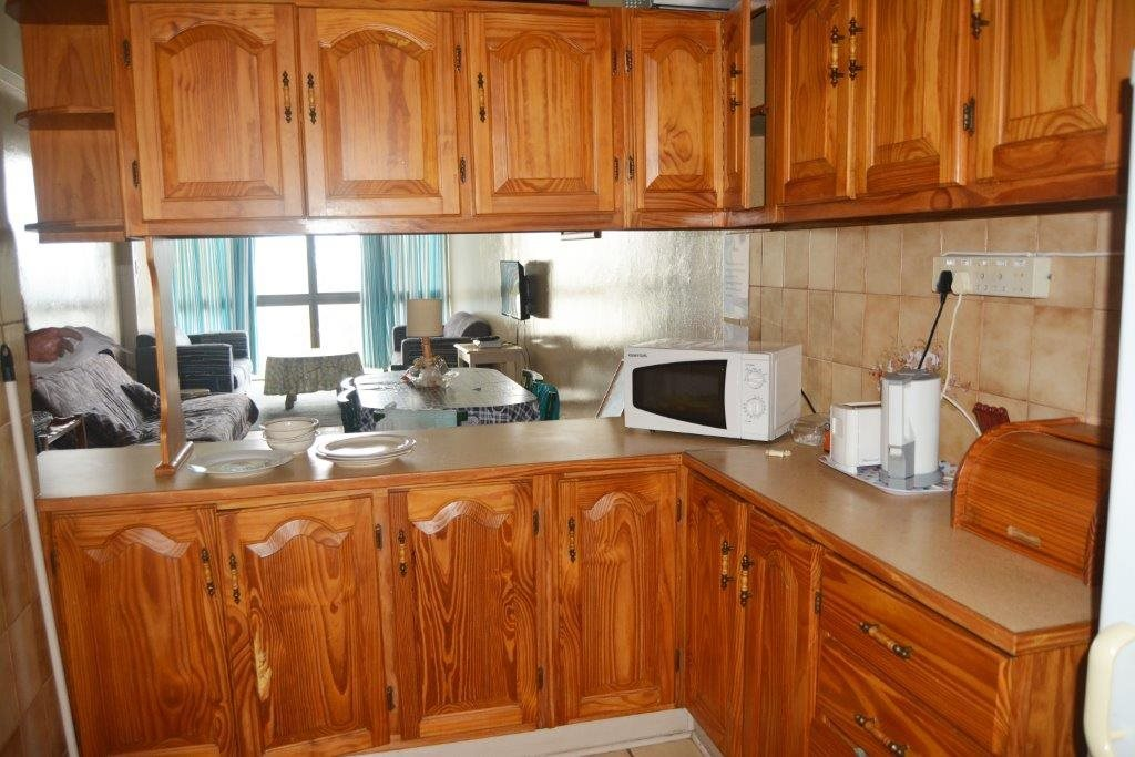 Margate property for sale. Ref No: 13567447. Picture no 3