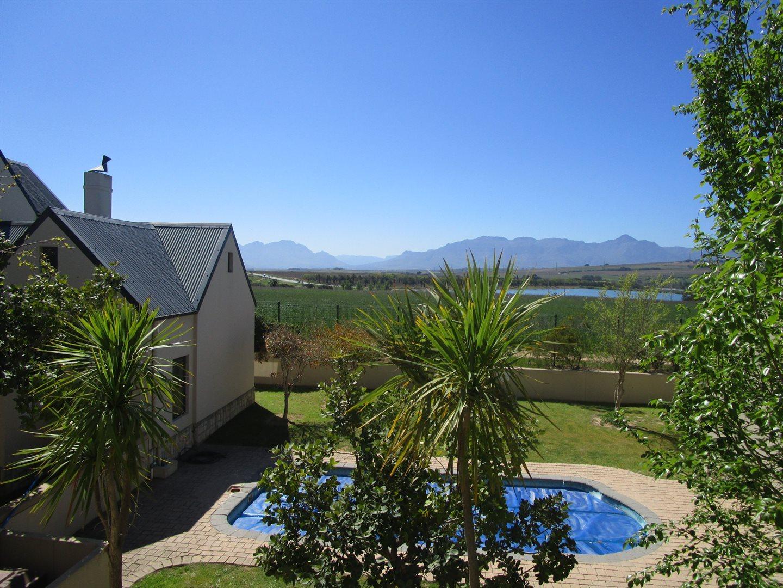 De Wijnlanden property for sale. Ref No: 13524985. Picture no 1
