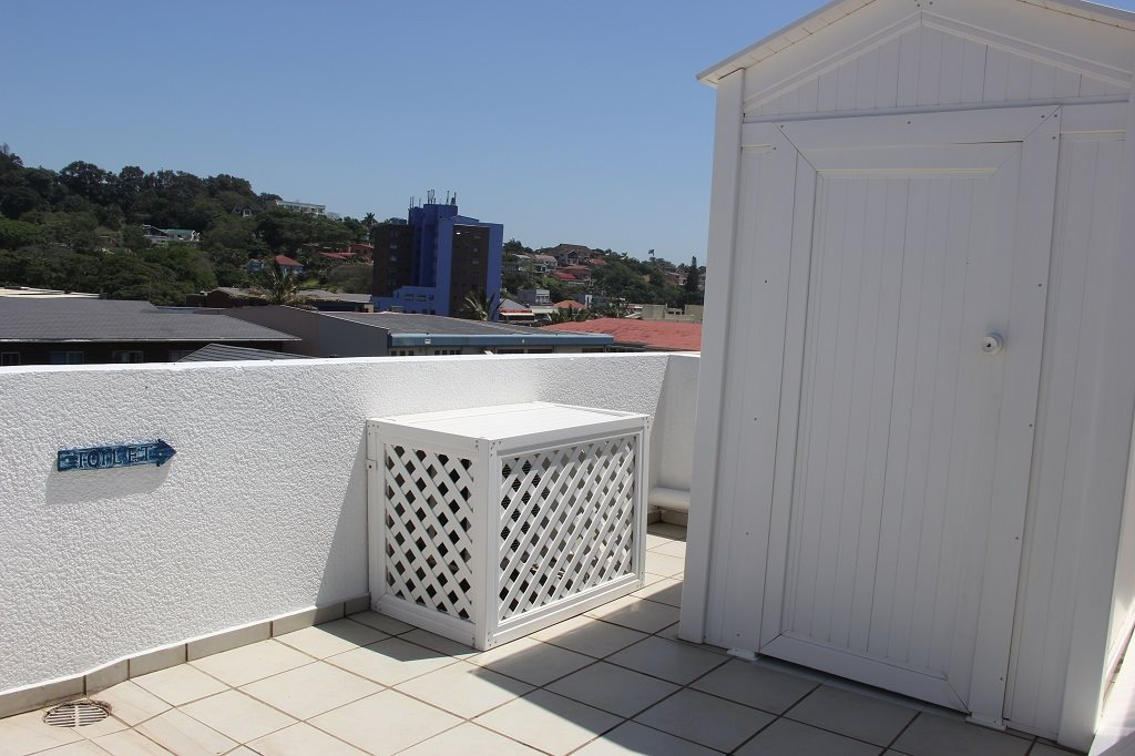 Margate property for sale. Ref No: 13350676. Picture no 15