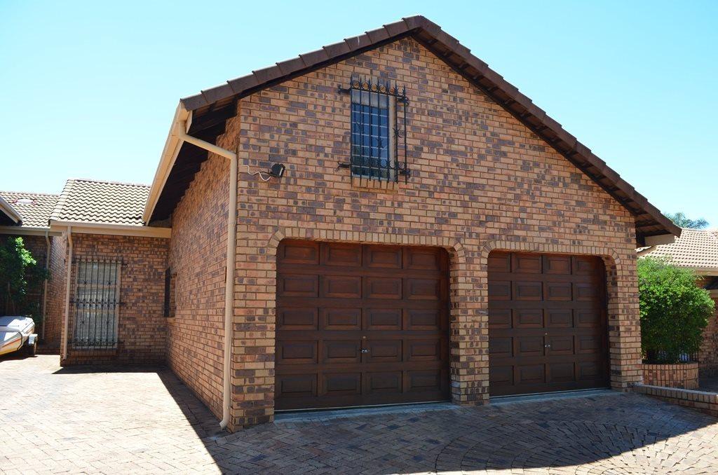 Pretoria, La Montagne Property  | Houses For Sale La Montagne, La Montagne, Townhouse 3 bedrooms property for sale Price:1,379,000