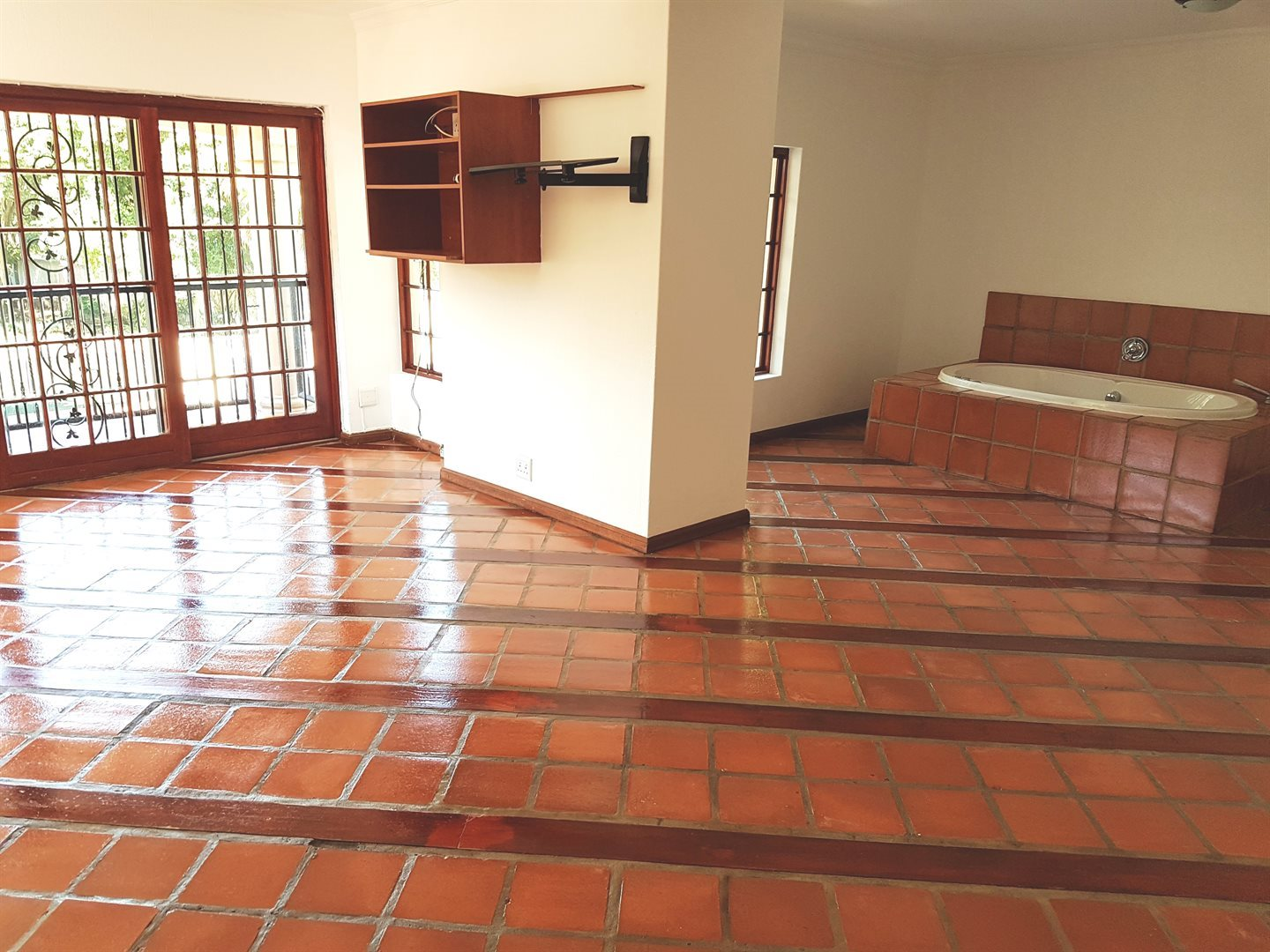 Irene property for sale. Ref No: 13551082. Picture no 22