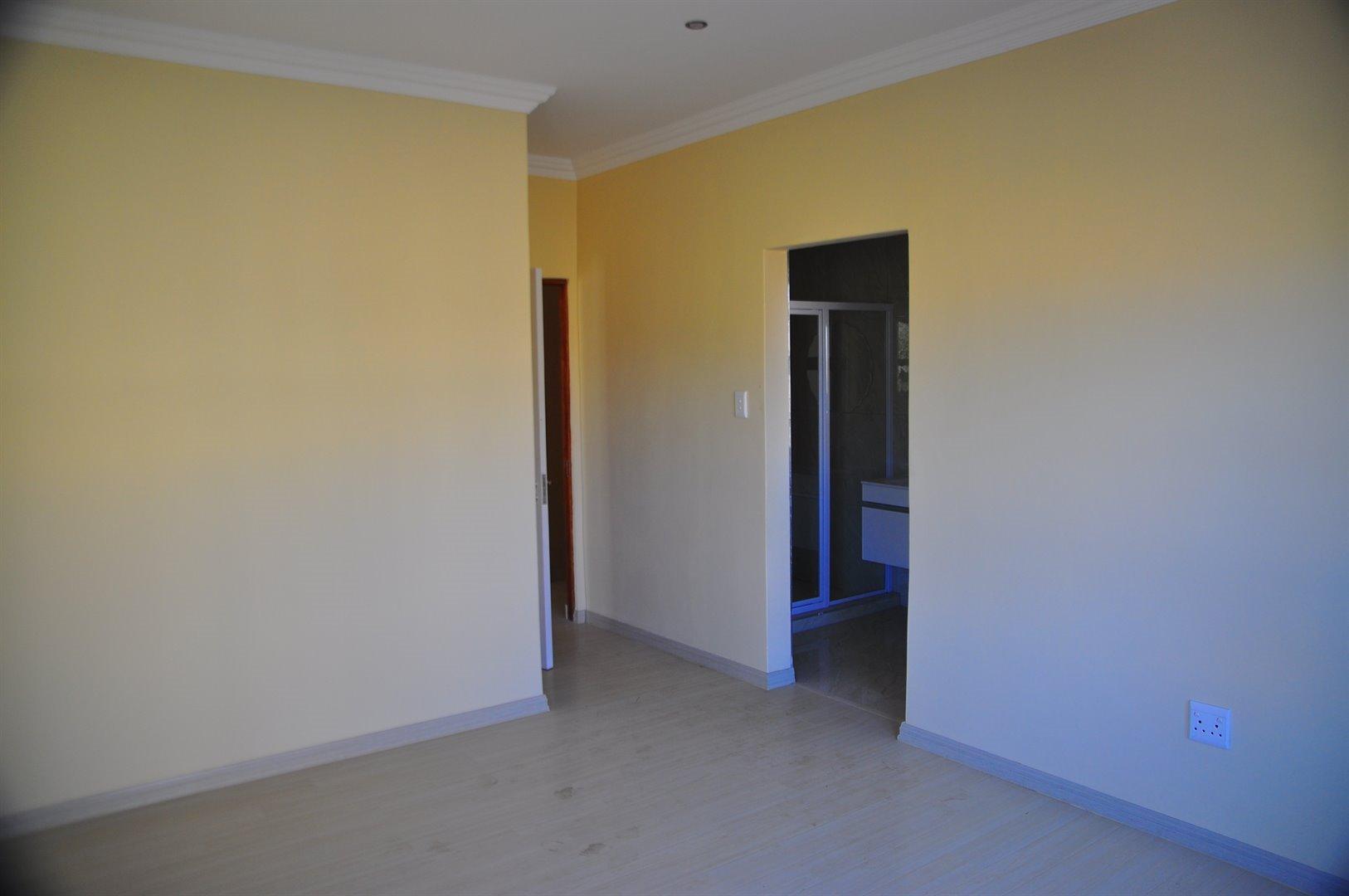 Stone Ridge Country Estate property for sale. Ref No: 13488396. Picture no 10