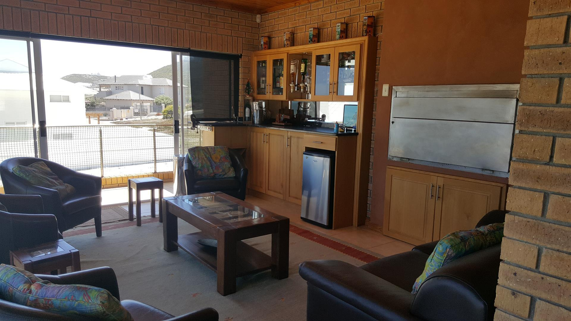 Yzerfontein property for sale. Ref No: 13442497. Picture no 32