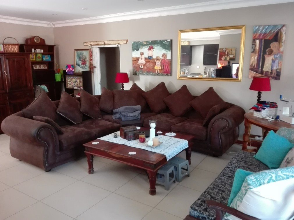 Umtentweni property for sale. Ref No: 13371867. Picture no 7