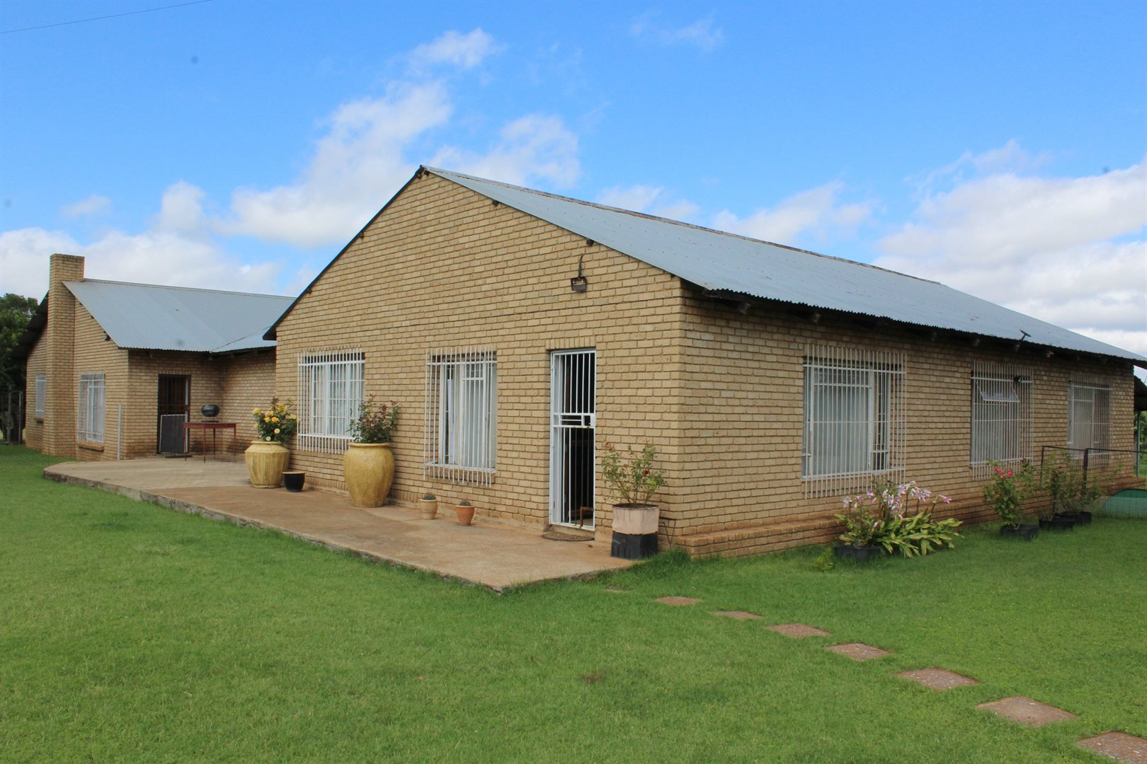 Ventersdorp property for sale. Ref No: 13581250. Picture no 4